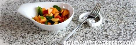 kahla-and-vegan-papaya-salad