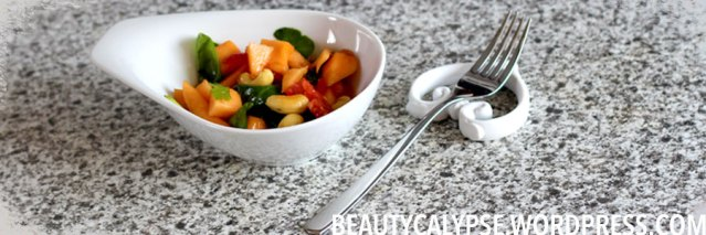 kahla-and-vegan-papaya-salad