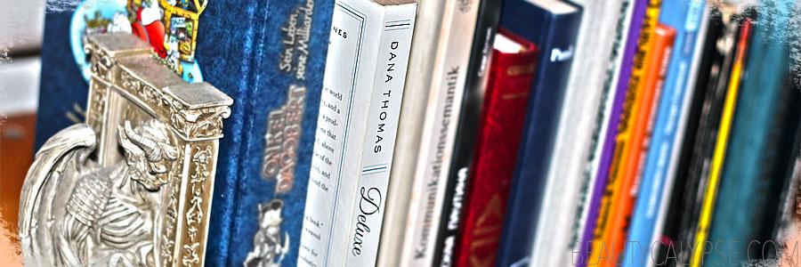 deluxe-book-shelf