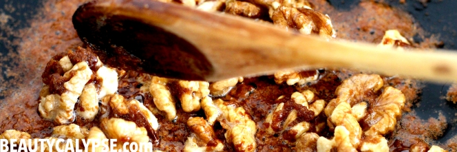caramelised-walnuts-in-coconut-sugar