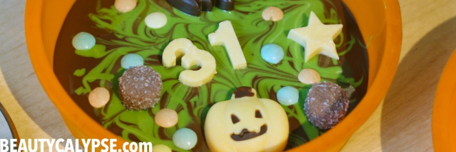 vegan-matcha-chocolate-halloween-bark-recipe