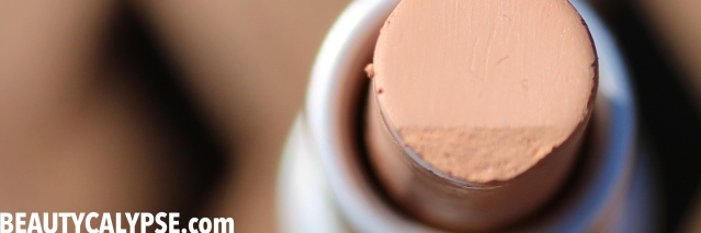 couleur-caramel-zit-zapper-review-closeup