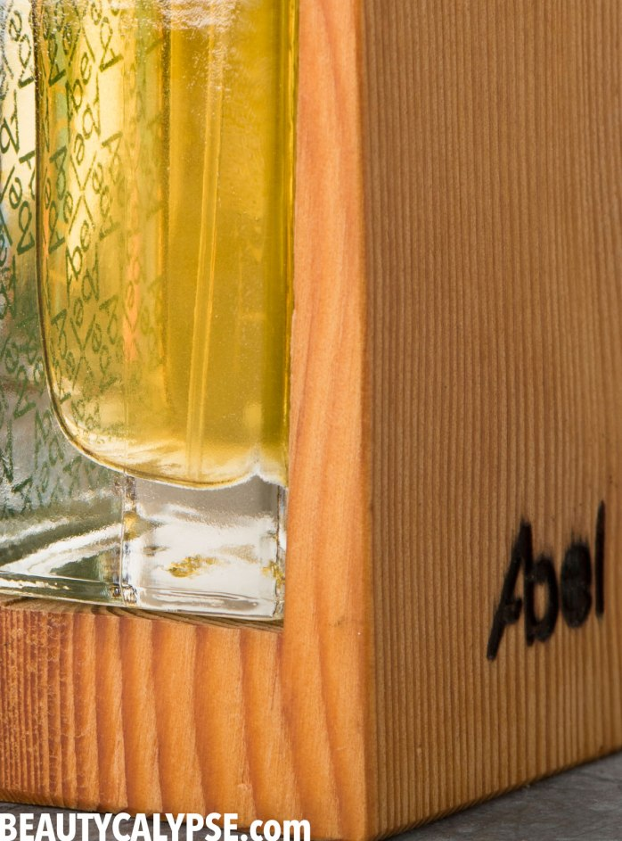 Abel-Tonic-Closeup-Detail-Fragrance-Review