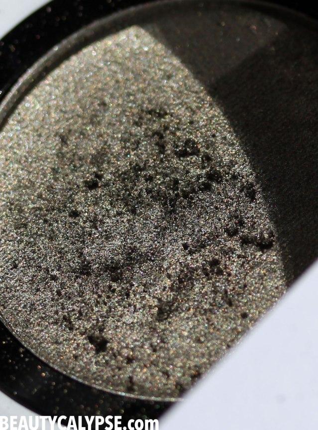 und-gretel-IMBE-eyeshadow-patina-closeup-pan