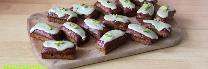 mini-financiers-pistache