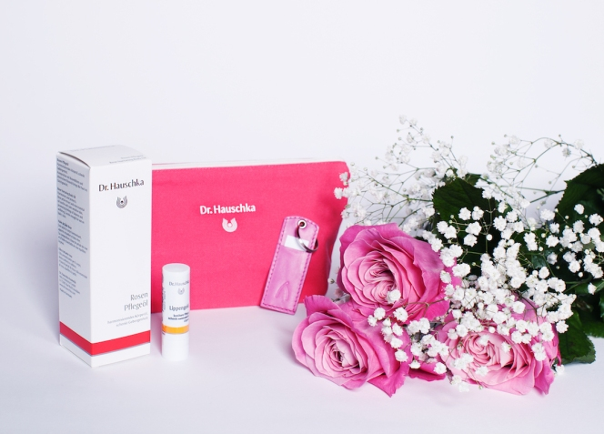 Dr. Hauschka have teamed up with the ethical fashion accessories brand and curated ethical boutique ABURY launching the #WIRsindkostbar (we are precious) campaign to celebrate mothers and daughters