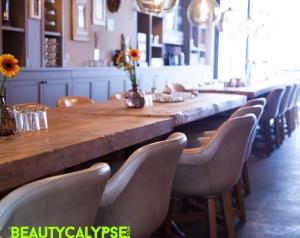 Breakfast lounge Schoenhouse Studios