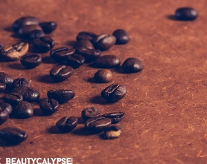 "Coffee beans – the source for the raw material ""coffee grounds"""