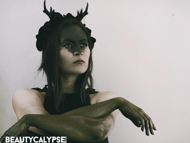 Halloween costume: female pagan deity Elen of the Ways, the antlered goddess, aka the Green lady, Elen of the Hosts