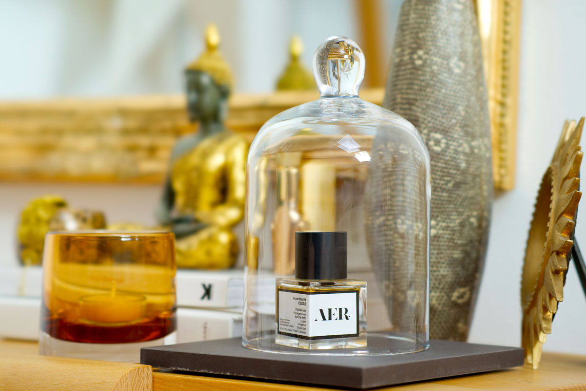 Natural Perfumes: 5 Tips On How To Choose And Get The Best Experience. Cedar by AER, Berlin-based niche perfume house specialising in 100% botanical and pure fragrances