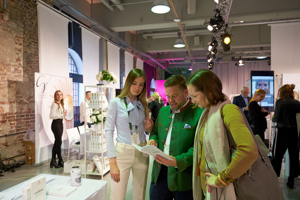 With Svetlana and Maximilian Schnorr, founder, owner and CEO Appenzeller Naturkosmetik AG, at IBE Berlin 2019